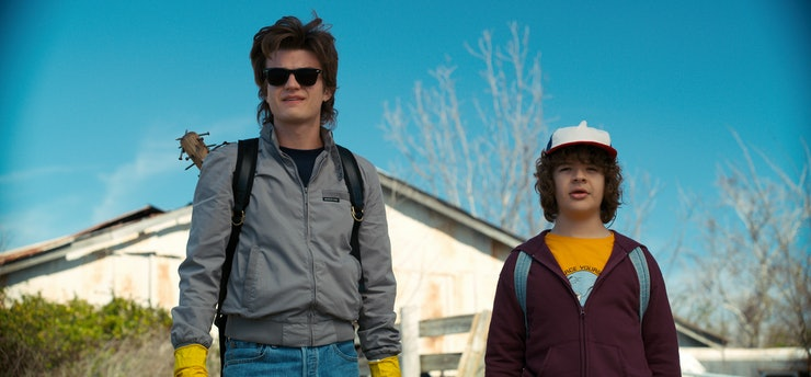 Stranger Things S3 Spoilers Reveal that the Steve/Dustin Friendship Will Continue, so Break Out the Farrah Spray D9e21c72-68f4-4397-b567-2a205b3672a3-wv_publicity_post_launch_still_6000001