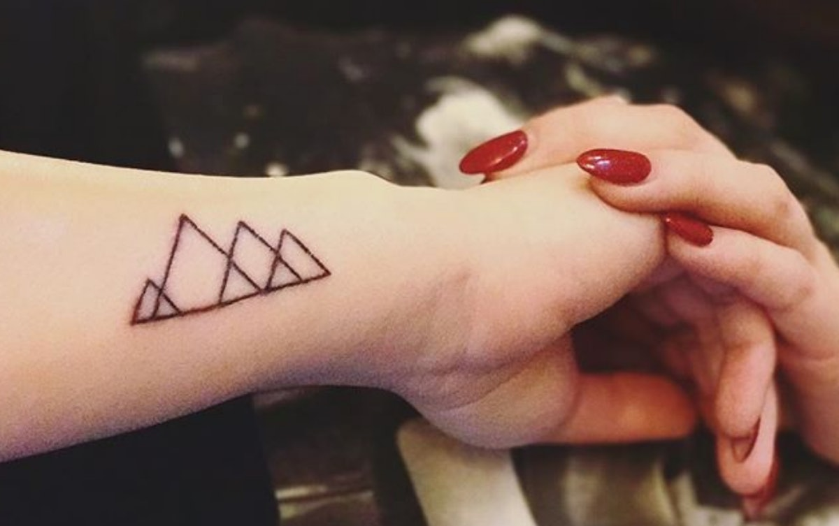 43 Tattoo Trends Predict Dainty Geometric Designs Will Be On Point - Tattoo Trends 2018