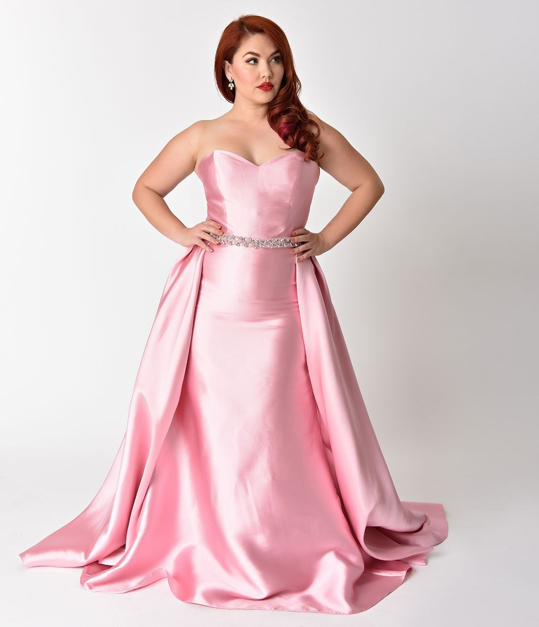 Unique Vintage\'s Disney Princess Prom Dresses Prove You Don\'t Need A ...