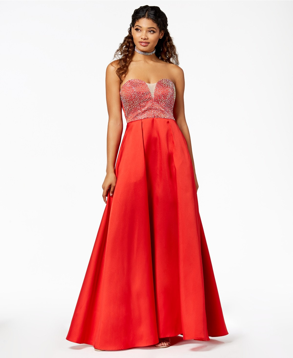 b03fde7e24  Say Yes To The Prom  Dresses Are Here So You Can Get The Red Carpet  Treatment